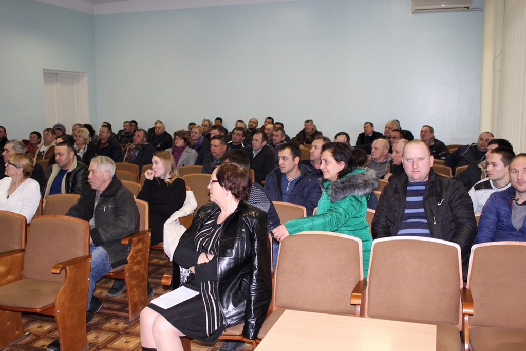 Сергей Нестеренко на встрече с сельхозпроизводителями Советского района 1